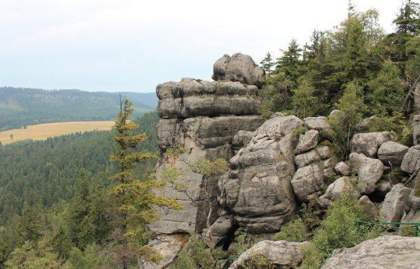 Góry Stołowe z Jaskinią Niedźwiedzią 29.30.04.- 01.05.2017r